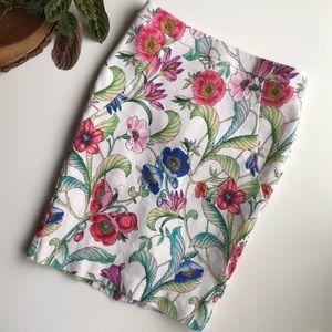 NWOT Ann Taylor Jungle Floral Pencil Skirt 0P